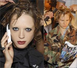 cheat hair pins 300x264 Завивка волос на шпильки в домашних условиях